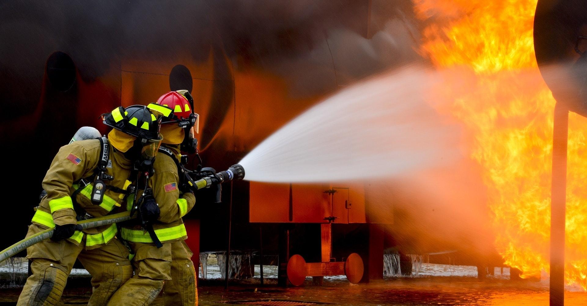 野外森林火灾扑火人员防护装备种类及应用