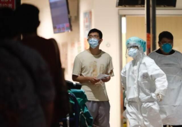 台湾单日新增302例本土病例 连续12天超百例插图