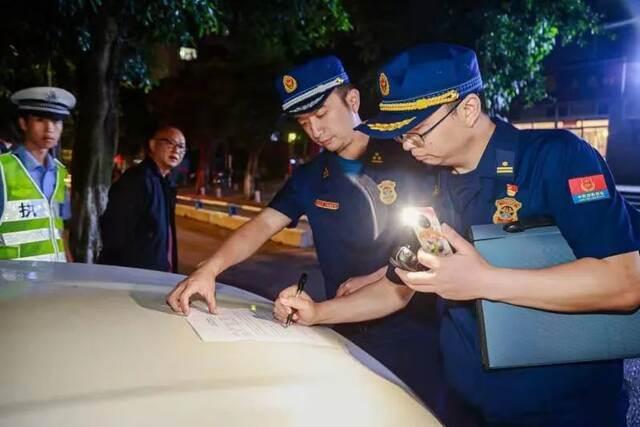占用消防通道,车辆信息将被曝光插图2